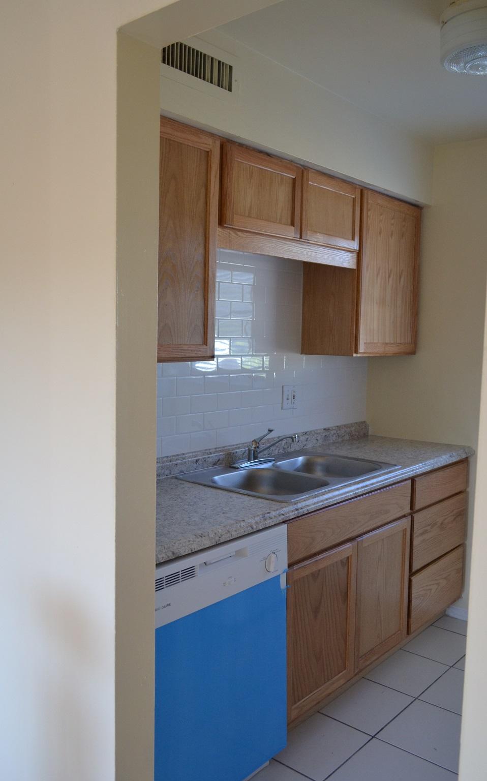 1 bed 1 bath updated kitchen. Midway Court   Largo   Clearwater  Florida   Apartment Rentals